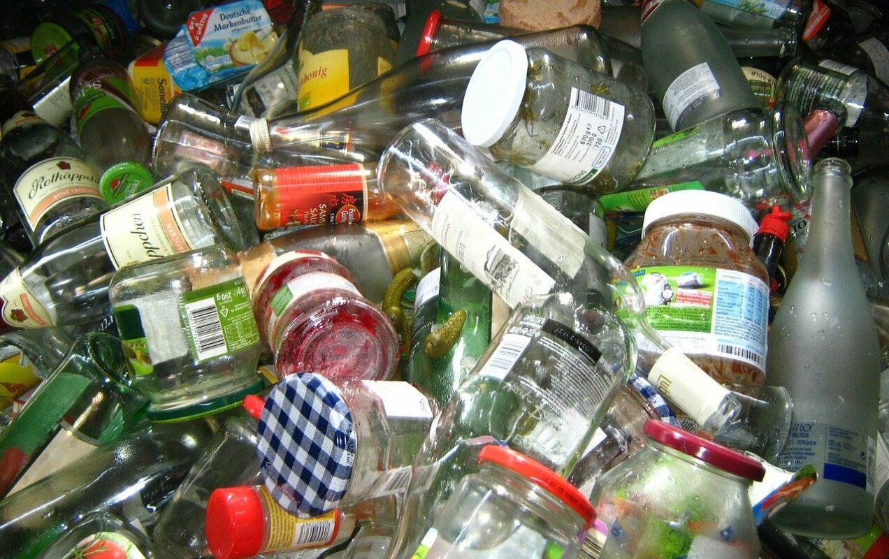 glass, glasses, bottles